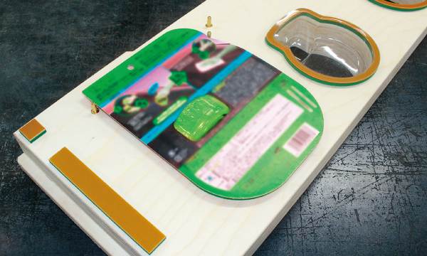 シーラー型は、接着が必要な商品パッケージに使用